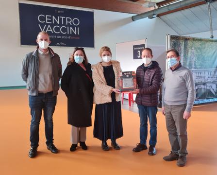 Cuore Amico ha donato due defibrillatori alla IPAB Mariutto